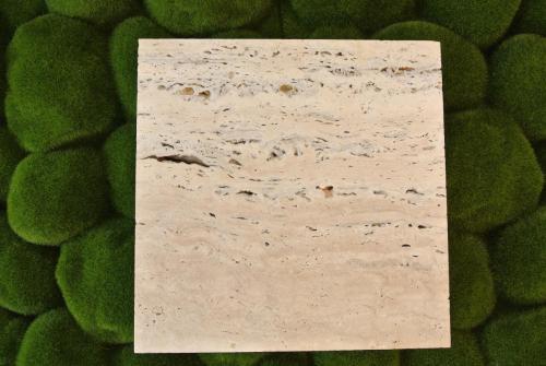 Odtieň krémový, rezaný povrch