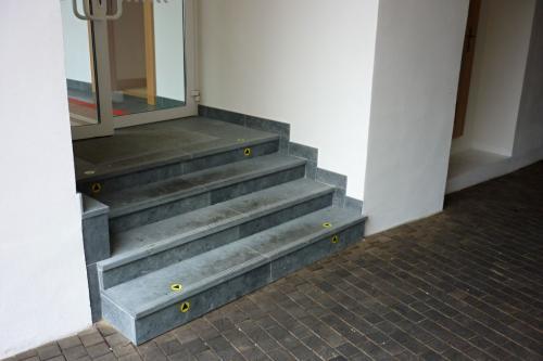 Kamenné schodisko